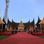 festival tari dan musik